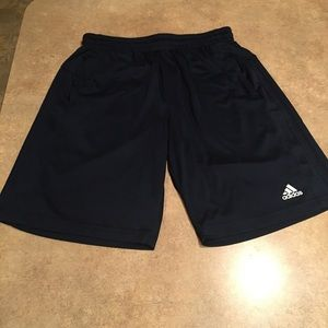 Men's navy athletic adidas shorts size large